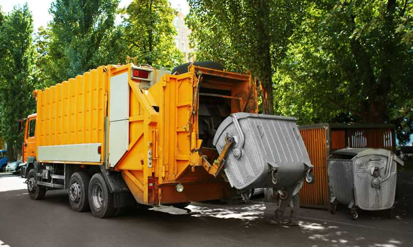 garbage truck Waste Management