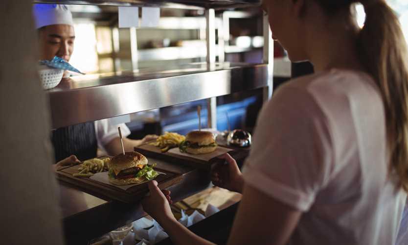 Average injured food service worker returns to work in 30 days: AmTrust