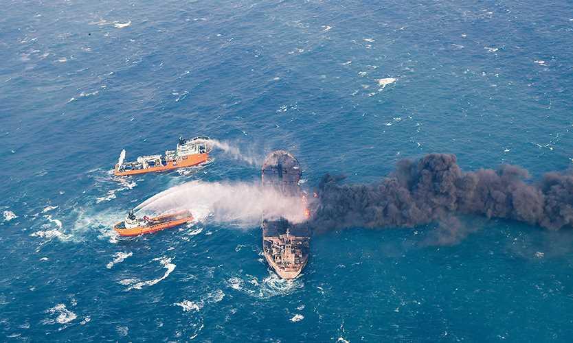 An Iranian oil tanker burns