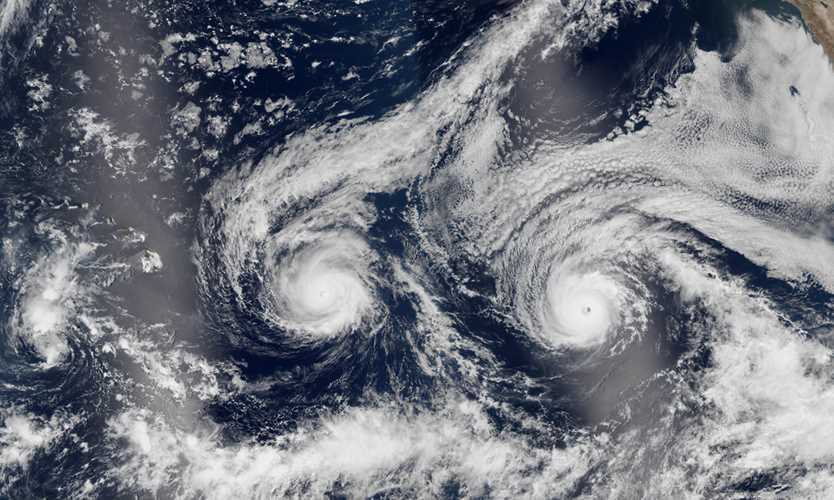 Hurricane Florence winds start to rake North Carolina coast