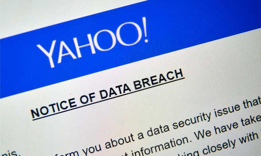 US authorities charge Russian spies, hackers in huge Yahoo hack