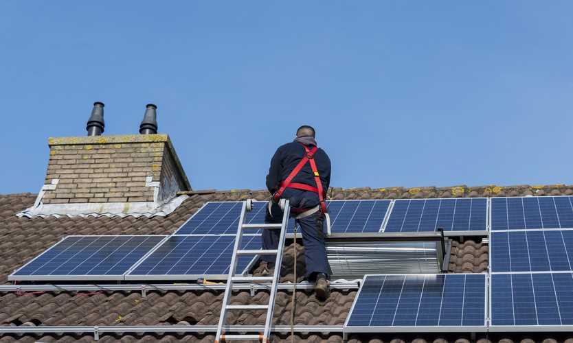 Cal OSHA cites solar panel installer after employee falls 29 feet