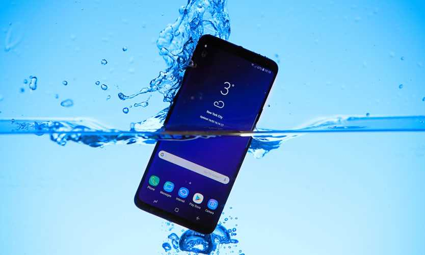 Samsung phone in water