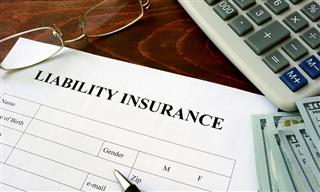 D&O liability insurance price per million increases in first quarter Aon Risk Solutions reports