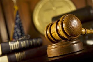 Jury verdict for employer in FMLA retaliation suit vacated