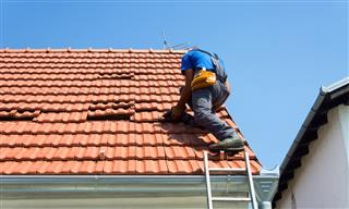 Roofing contractor Sarasota Florida Crown Roofing cited by OSHA for exposing workers to fall hazards