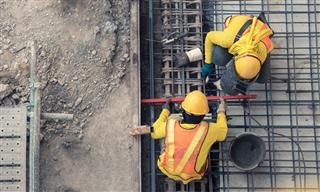 Risk retention group not obligated to indemnify builder
