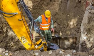 Cal/OSHA cites Empire Equipment Services fatal trench collapse Lake Forest
