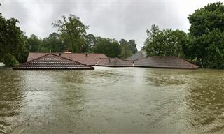 Axis Everest Re catastrophe losses hurricane Harvey Irma Maria Mexico quake
