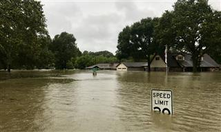 After veto threat, President Trump signs omnibus spending bill to extend National Flood Insurance Program NFIP to July 31