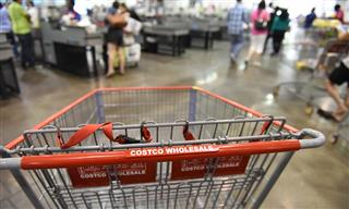 American Express wins dismissal shareholder lawsuit over lost Costco contract