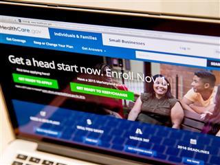 First week of HealthCare.gov enrollment exceeds half million