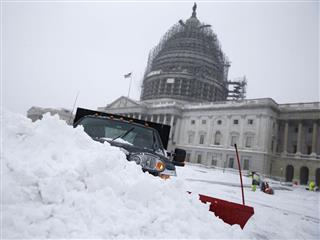 Vote to override Obama veto of health reform bill delayed by snowfall