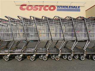 Costco Wholesale Teamsters recommend contract larger pension 16,000 union workers Target Wal-Mart
