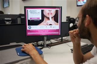 Cyberattack hackers Ashley Madison KPMG cyber extortion