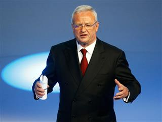 Germany investigates VW's ex-boss Martin Winterkorn over fraud allegations