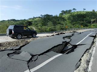Japan Ecuador earthquake death toll damages Toyota Honda Kumamoto 7.8 on the Richter scale