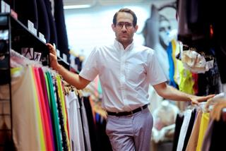 American Apparel sets policy banning supervisor/worker office romances