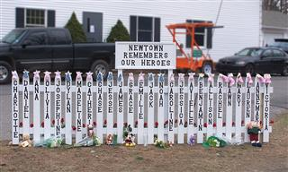 Sandy Hook victims families to argue case in Connecticut Supreme Court