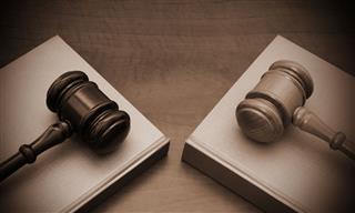Firm sues AIG again