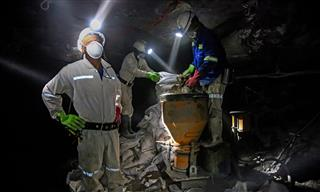 South Africa miners reach $400 million fatal lung diseases silicosis tuberculosis settlement with mining companies