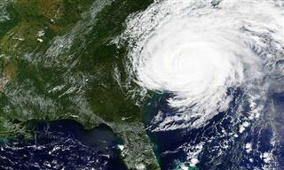 Hurricane Florence hits the East coast of the United States in September 2018