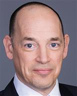 Axis Capital COO Richard Strachan resigns