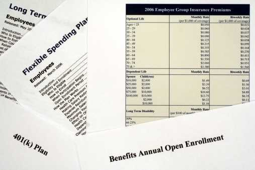 Most employees say benefits enrollment information lacking: Survey