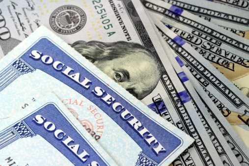 Same-sex retirement benefits retroactive to June 2013, IRS rules