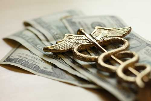 U.S. health care usage, spending resume rise in 2013: Report