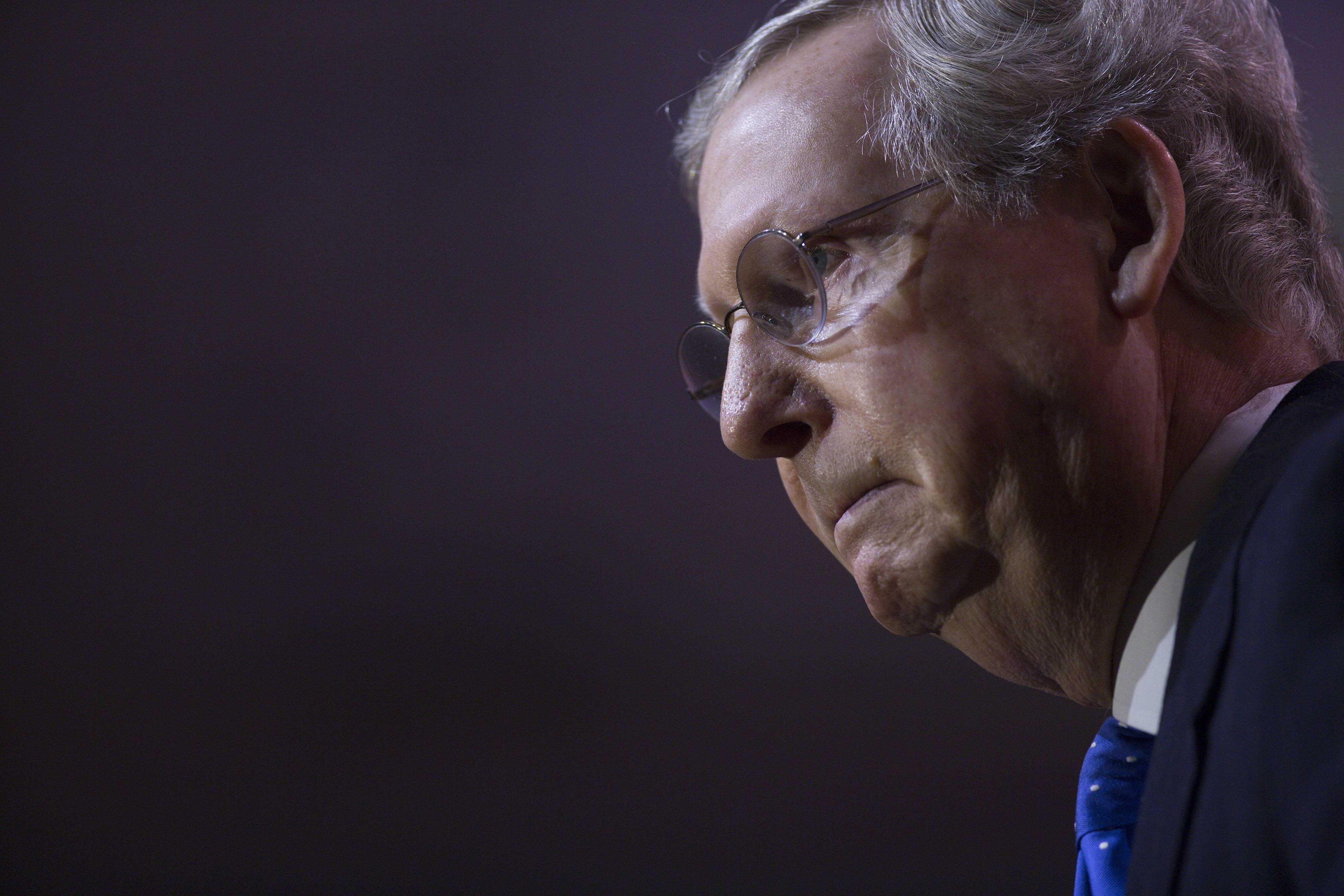 McConnell's claims on Kentucky exchange, Obamacare baffle experts