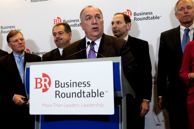 U.S. CEOs threaten to pull tacit Obamacare support over 'wellness' spat