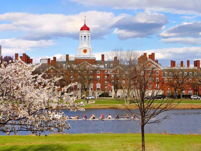 Harvard University to bump up health insurance premiums 7.3%