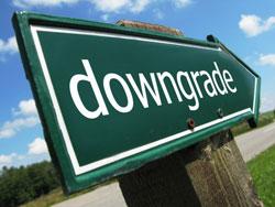 U.S. debt downgrade will not affect insurer investment: Experts