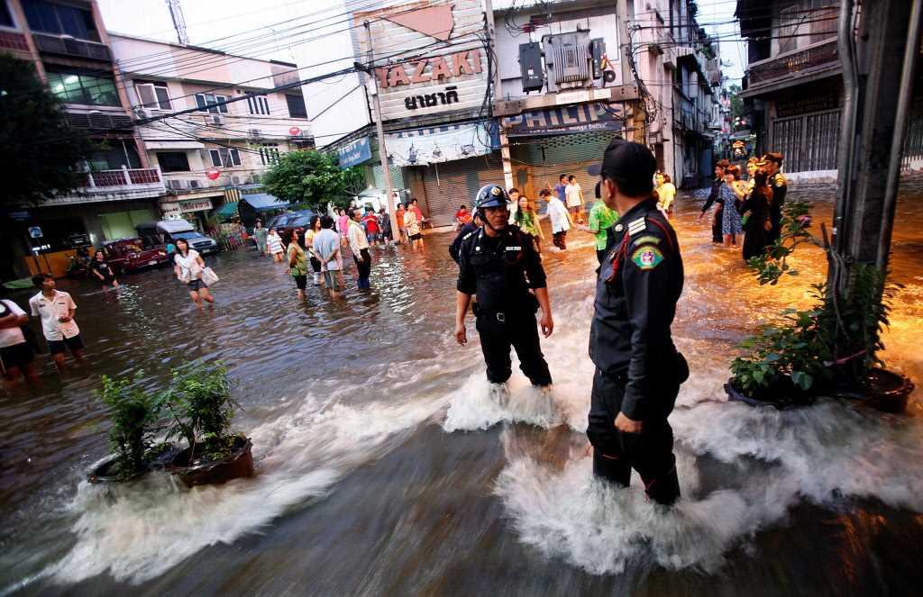 Munich Re sees Thai flood claims of $670M