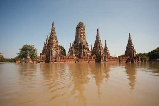 Lloyd's faces third-biggest loss from flooding in Thailand
