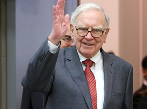 Warren Buffett has prostate cancer, sees no danger