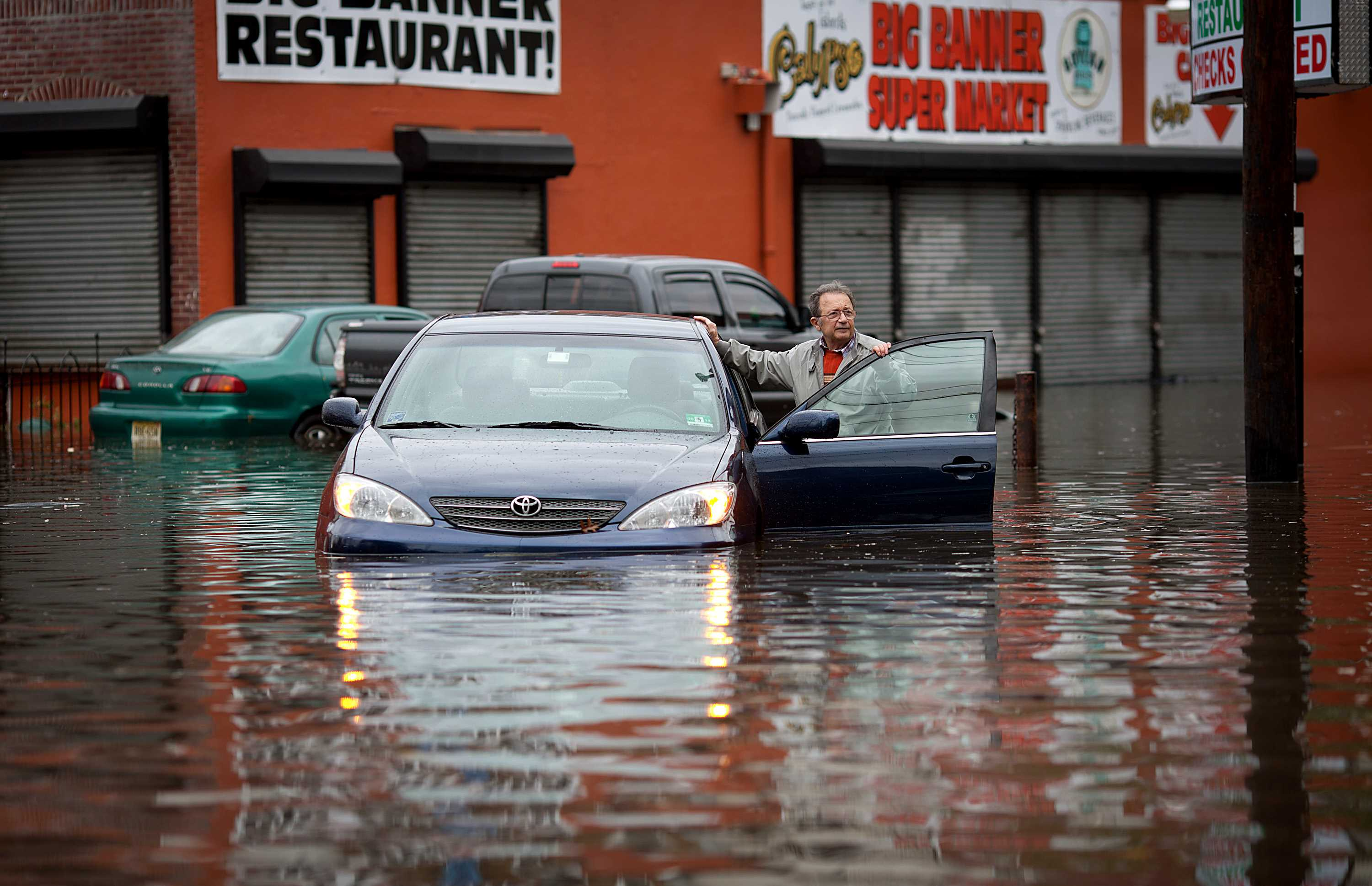 Property/casualty industry will survive Sandy damages with short-term challenges: Moody's, S&P