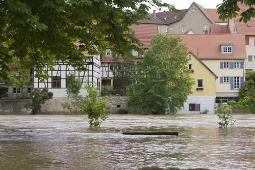 Catastrophes caused global insured losses of $45B in 2013: Swiss Re