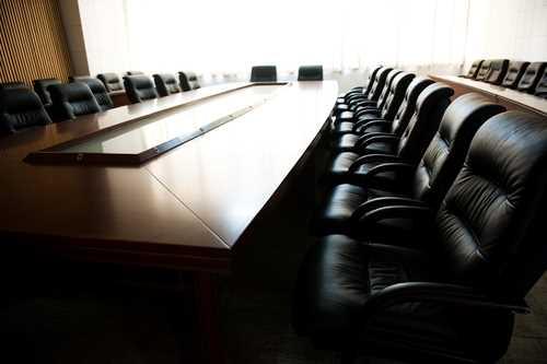 Aon Risk Solutions fills U.S. financial management positions