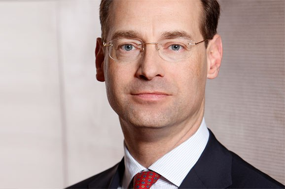 Allianz appoints new CEO to take helm in 2015