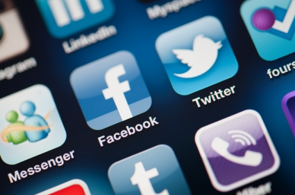 Designer can sue firm for tapping social media accounts while she was injured