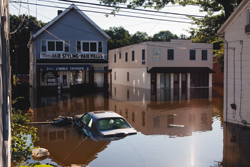 Hurricane Irene swamps midsize businesses without flood insurance