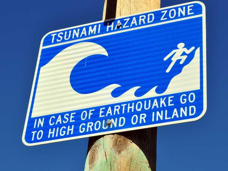 Giant quake, tsunami risks identified