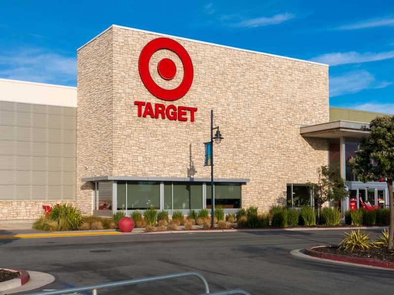 MasterCard, Target fail to reach settlement on 2013 data breach