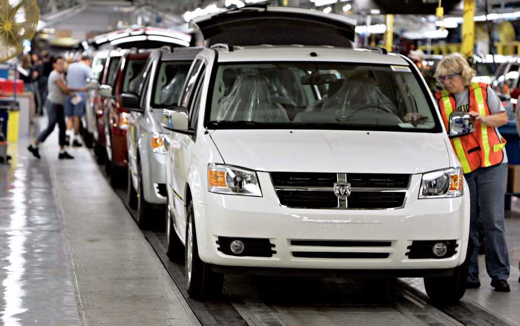 Dodge minivan products liability and wrongful death case reinstated