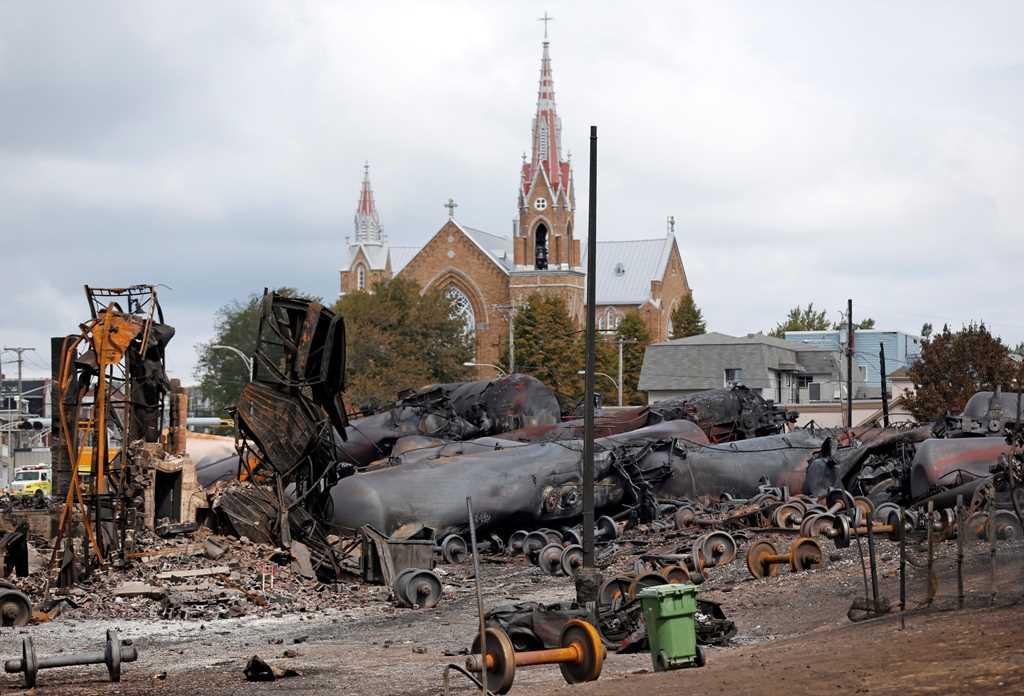 Court delays ruling on 2013 Quebec oil train derailment crash settlement