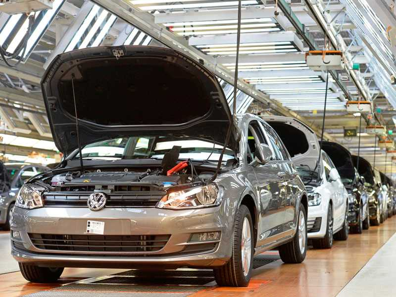 Volkswagen could face $18 billion in air pollution penalties from EPA