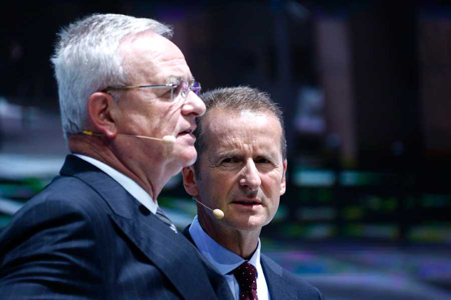 Volkswagen chief Martin Winterkorn faces grilling; insurance coverage in doubt