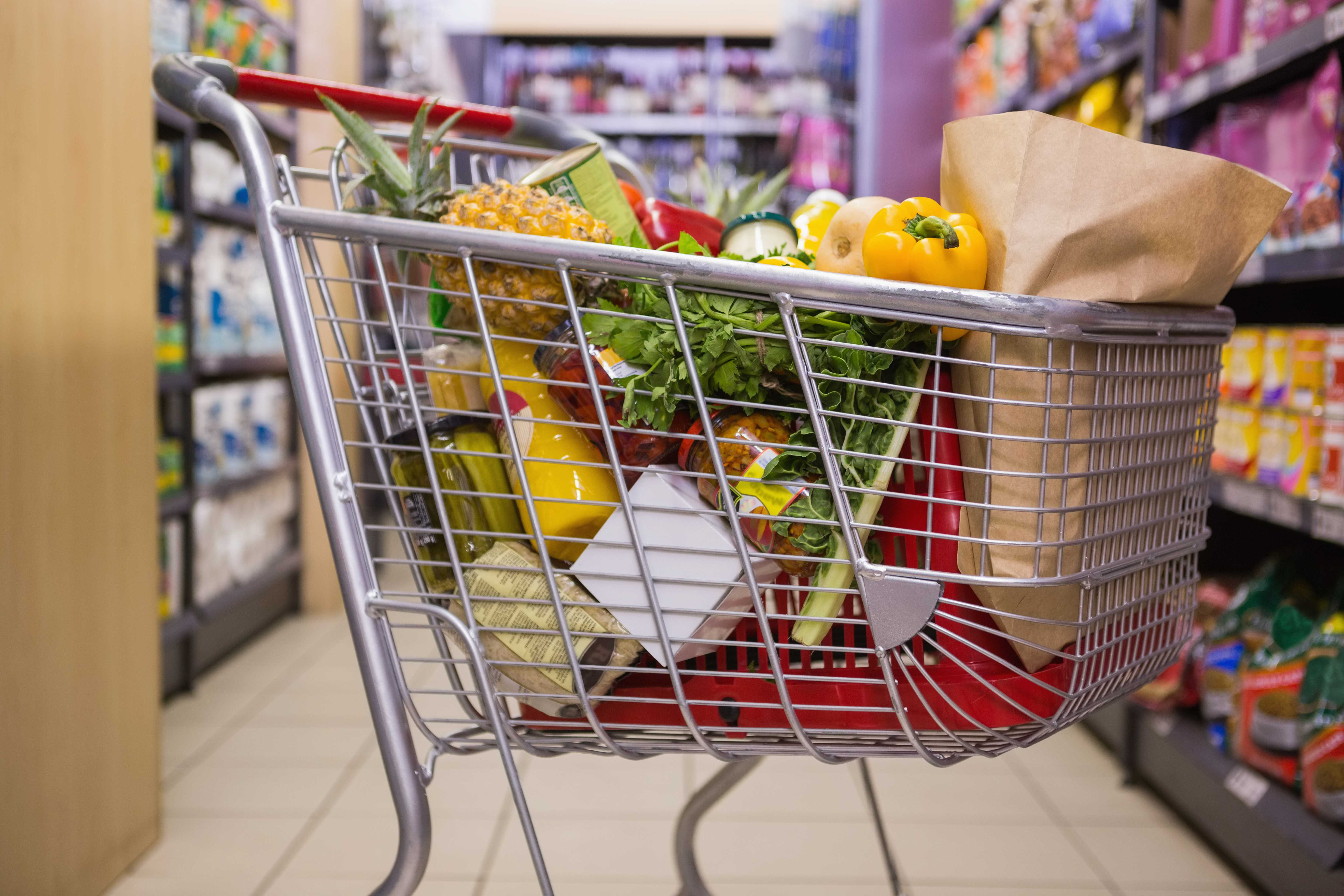 Self-insured grocery chain can't be sued as an insurer